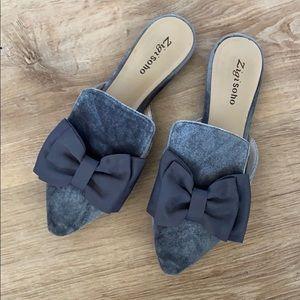 Zigi Soho grey velvet slide on with Bow